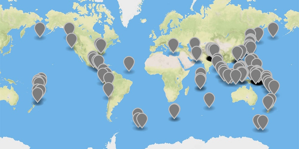 Screenshot of GeoJSON.io map showing earthquakes distributed across the world